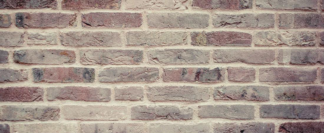 brick - M