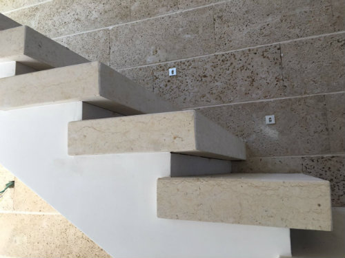 מדרגות אבן תוצרת פארק האבן